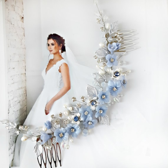 Blue flowers bridal hair comb with leaves, Something blue bridal hair piece, Dusty blue wedding headpiece