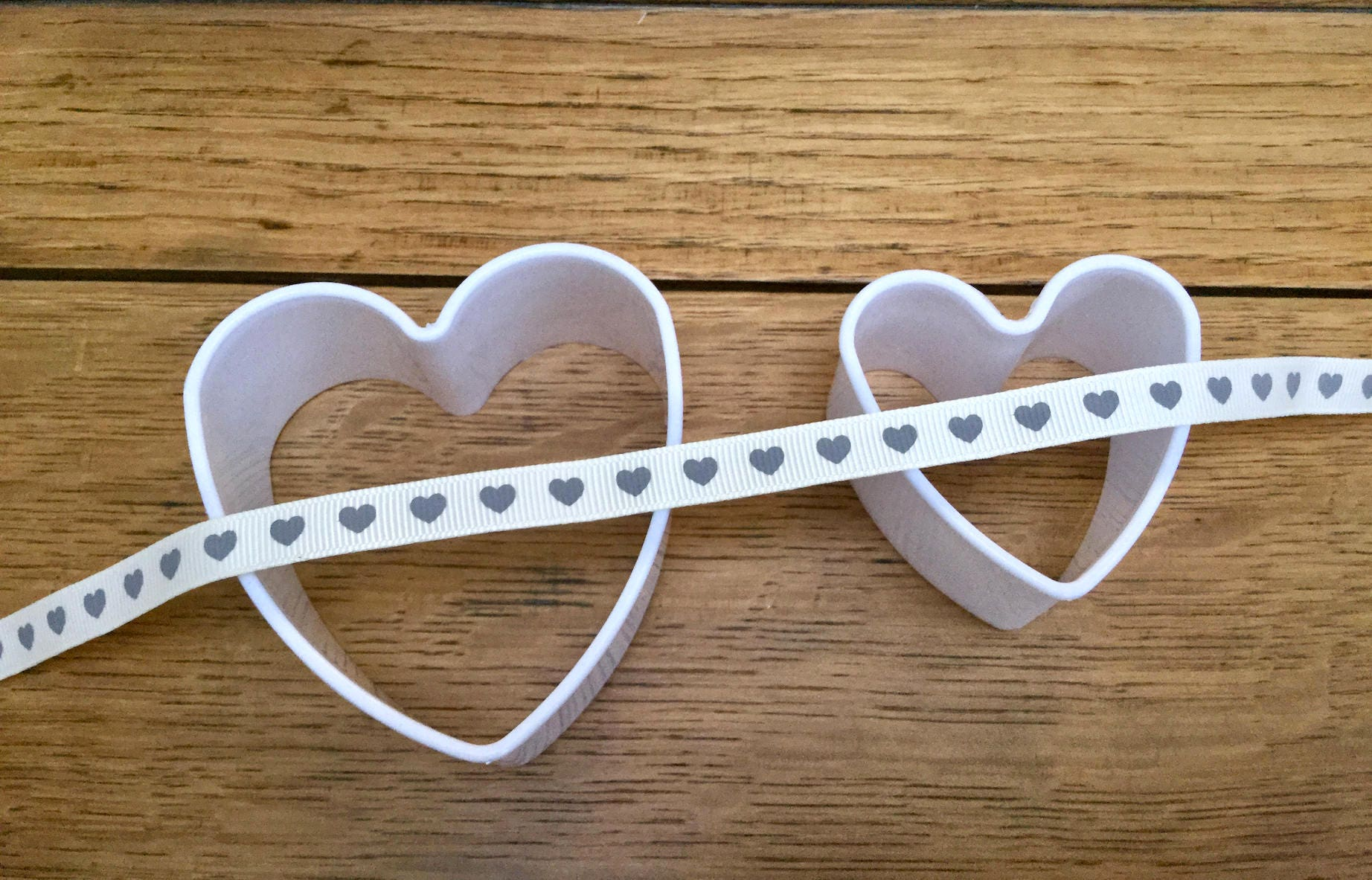 16mm Bertie/'s Bows  Love Home Made Ribbon Grosgrain Heart Craft