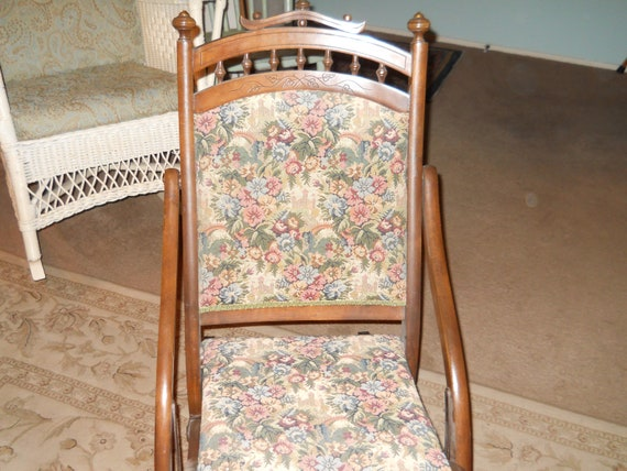 Brilliant Antique Victorian Folding Rocking Chair For Nursing Or Child Size Pdpeps Interior Chair Design Pdpepsorg