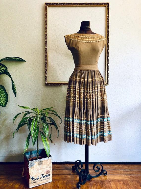 Vintage 1950's Crêpe Chiffon Dress - image 1