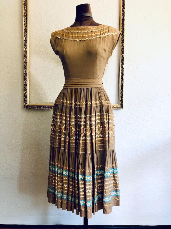 Vintage 1950's Crêpe Chiffon Dress - image 2