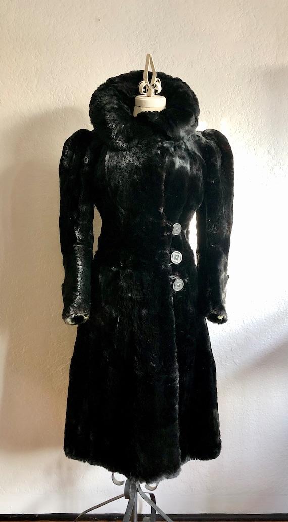 Vintage 1930s Fur Coat *RARE*