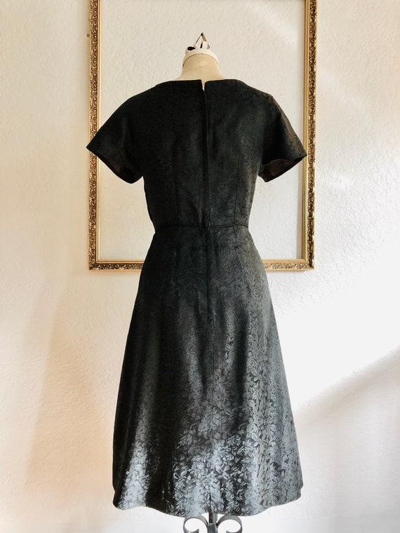 Vintage 1950's Black Rose Jacquard Dress - image 4
