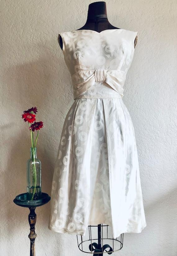Vintage 1960s White Spade Dress