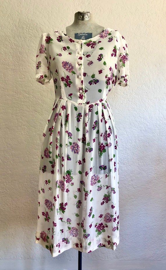 Vintage 1940's Floral Chiffon Day dress