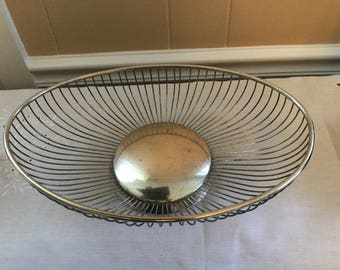 Leonard  Silverplate Wire Basket oval, Italy
