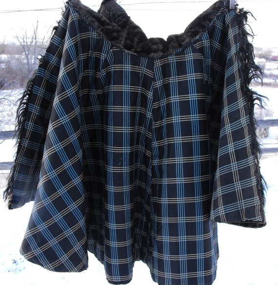 Victorian cape, black embroidered velvet, origina… - image 4