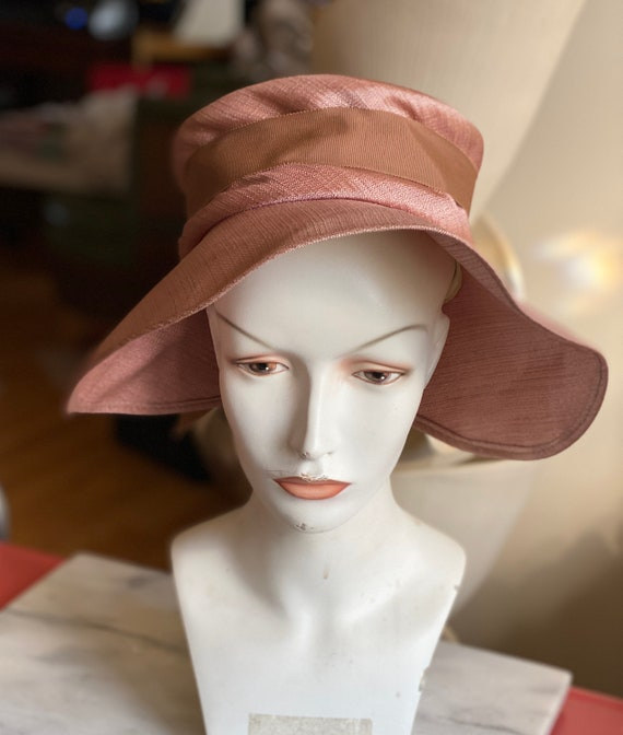Gorgeous 1950s Spring Summer Wide Brimmed Hat Dust