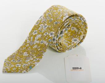 c63560057b41 Floral tie, Lemon green Floral Ties men, Skinny Men TIE,floral grooms men  tie, Floral Ties, Wedding Ties, Slim Tie, Floral ties men