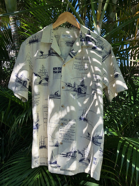 1970's vintage Mens L Aloha Wear, Hawaiian shirt,