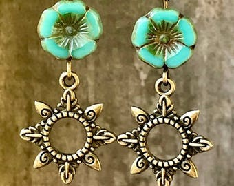 Turquoise Earrings, Flower Earrings, Sun Earrings, Boho Earrings, Ethnic Earrings, Rustic Earrings, Nature Earrings, Tribal Earrings, Earthy