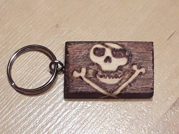 Jolly Roger Flag Black Leather Keyring Pirates Skull Crossbones Brand New in Box