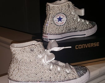 1a1d7aeb4ebf97 Pearl bling converse high tops