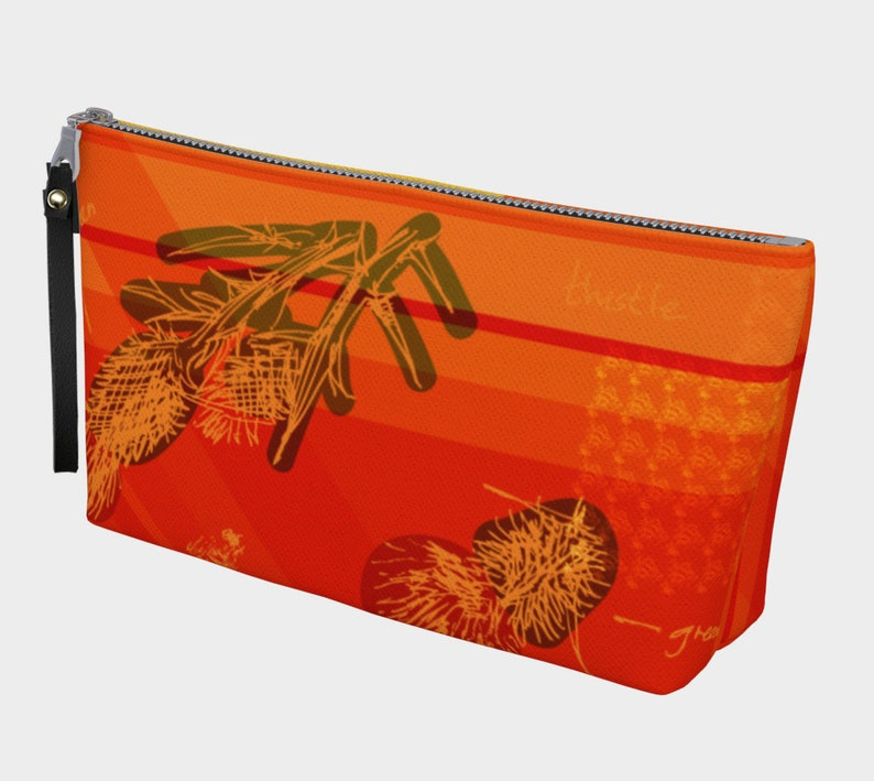 thistle & bee on fire clutch image 0