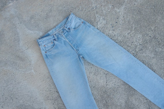 Beautiful ,Faded jeans ,Vintage levis 501 W28.5 L3