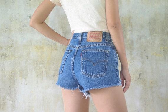 vintage levis Shorts 550 W27 W28,blue jeans,levis