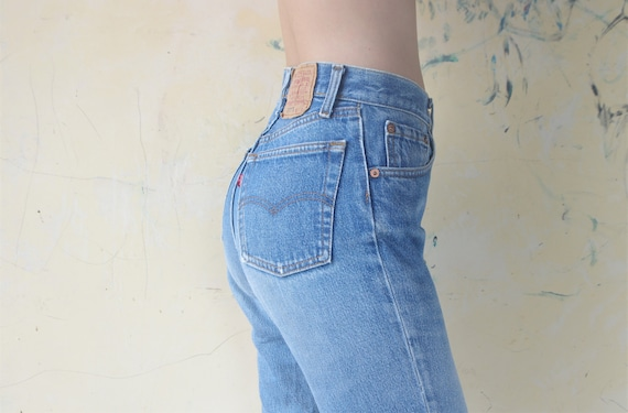Faded vintage levis 26501 Blue Jeans W24,25 for wo