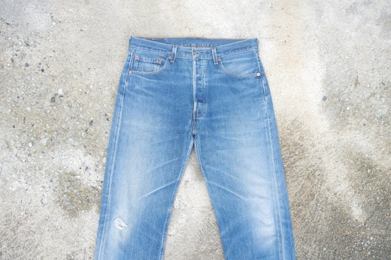 Faded jeans, vintage levis 501 Blue Jeans W33 L29,