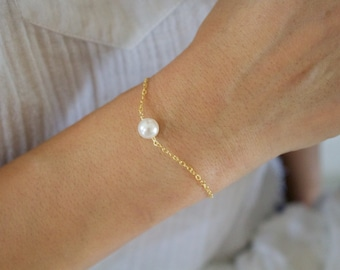 Solitaire Pearl Bracelet//Bridesmaid Pearl Bracelet//Single Pearl Bracelet//Bridal Party Gift//Wedding Gift//Gold, Silver, Rose Gold//