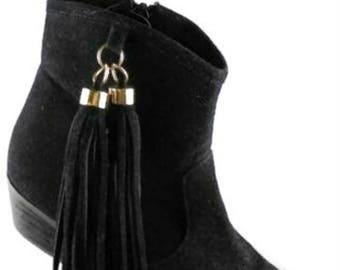 Leonara Size 7.5 Medium Black Suede side Zipper Ankle Boot