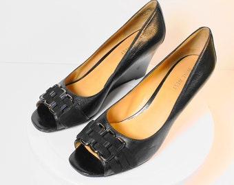 a5a5ed38203 Nine West--Leather Open Toe Wedge Heel Pump Size 7.5 Medium