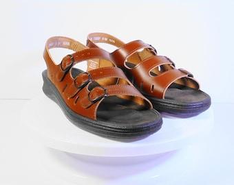 b2be3126d965 Clarks Sunbeat Leather Sandals Size 9 M