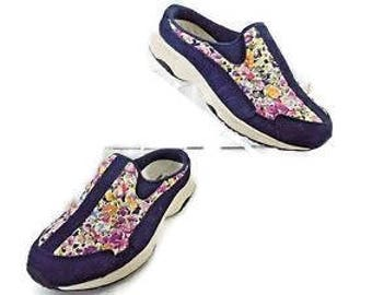 Clarks Collection Size 6 Med Colorful Floral Slipper
