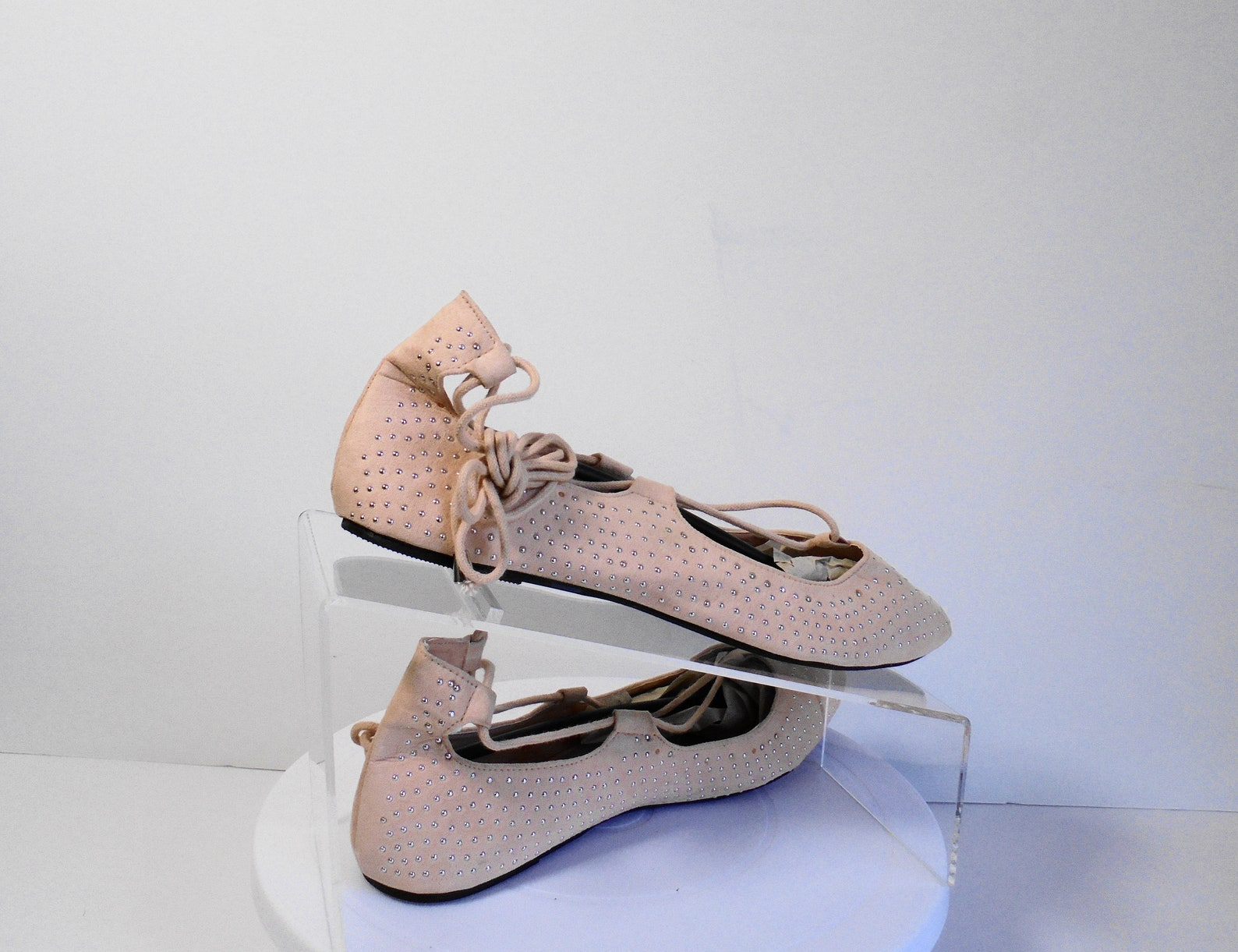 sociology, cute pink with tiny silver studs ankle tie ballet style flat size 7 1/2