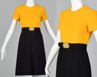 04ba04c3778 Medium 1960s Yellow and Black Dress Simple Vintage Dress Casual Day Wear  Short Sleeves A-Line Pleated Skirt 60s Vintage
