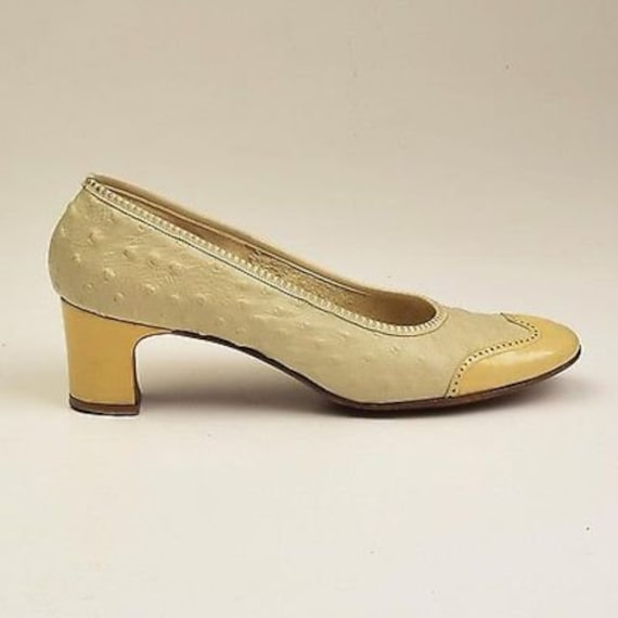 Cream Quill Spectator 9 Size 1960s Pumps Vintage Mod Ostrich Full Exotic Wingtip Leather Heels 60s Ostrich wpYqxPC8Y