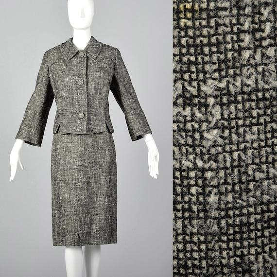 BlackWhite Patterned Jacket /& Skirt Suit