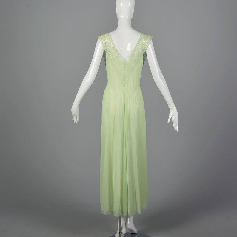 Medium 1950s Vanity Fair Green Nightgown Crystal Pleat Bust Sleeveless Nightgown Lace Trim Sleepwear Sleep Lounge 50s Vintage
