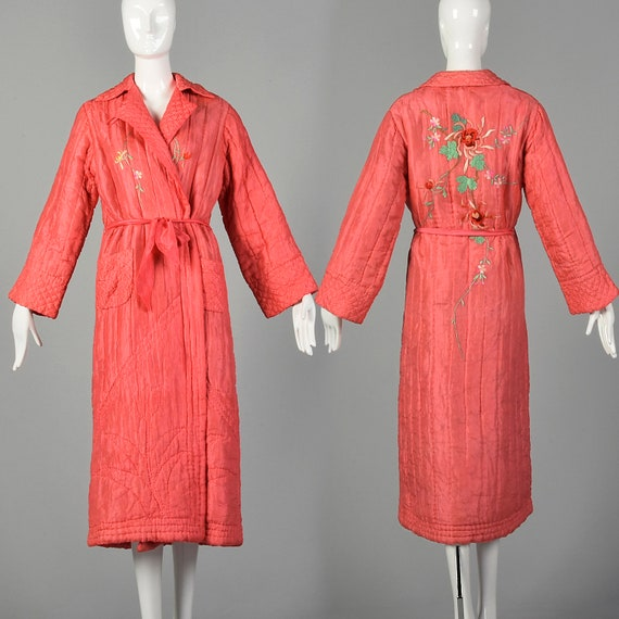 Medium 1930s Pink Robe Quilted Asian Inspired Silk