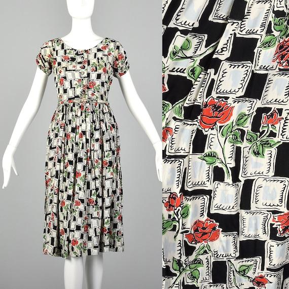 XS 1940s Novelty Print Dress Vintage 40s Rayon Dre