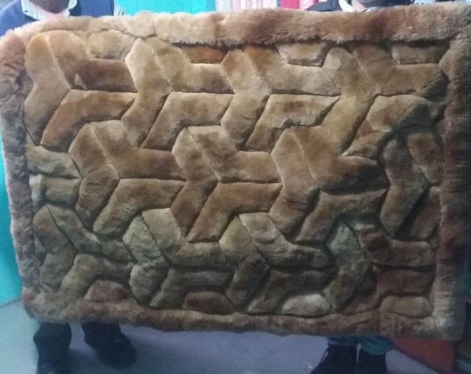 """New 41"""" x 55"""" Brown Alpaca Rug.""""Y"""" Design. Soft peruvian alpaca fur. 100cm x 140cm made in peru"""