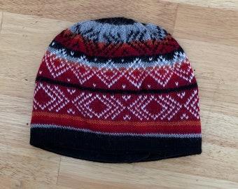 100% ALPACA - alpaca hat handmade in Peru - Fleece Lining  Alpaca hat for women Winter Hat hat -Peruvian Hat -Peruvian Products black red