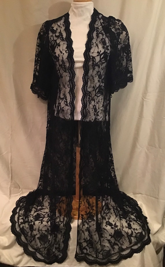 Black Lace Miss Elaine Peignoir Robe Duster