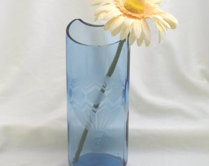 Light blue wine bottle vase, etched glass hot air balloon, wine gifts, wine lovers, gifts for her, housewarming gift, garden patio decor