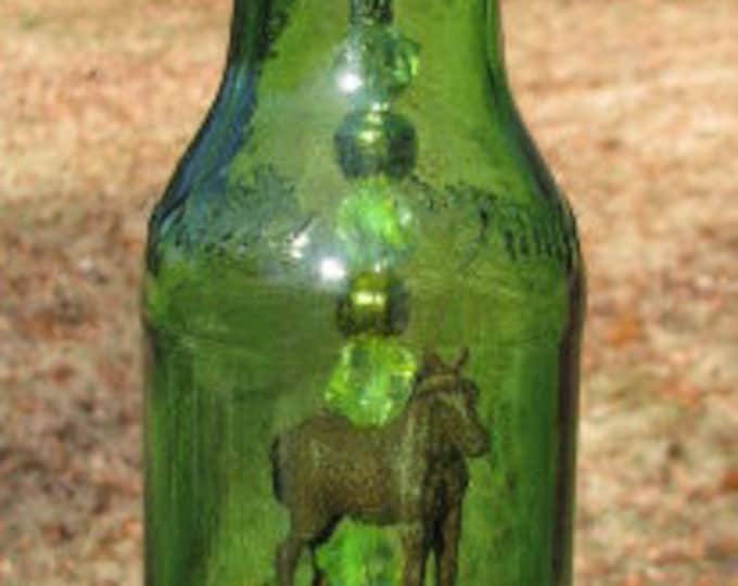 Green beer bottle wind chime, fancy sparkling beads, horse pendant, beer gifts, horse lovers, housewarming gift, garden, patio decor