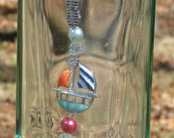 New Amsterdam Gin bottle wind chime, mermaid pendant, fancy beads, sailboat, gifts for him, gifts for her, beach theme, garden patio decor