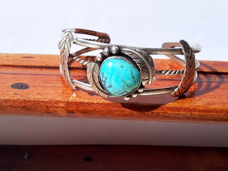 Vintage Handmade Taxco Mexico Artisan Sterling Silver Turquoise Cabochon Gift Cuff Bracelet 6 12
