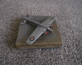 Boxed Dinky No. 60v Armstrong Whitworth Whitley Bomber 1938-1941