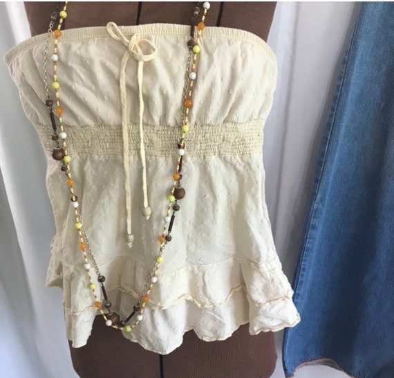Vintage ruffle and eyelet halter top. Size xs-s Bo