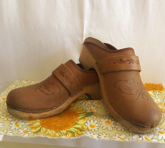 Distressed Vintage Leather Clogs. Boho clogs. Real