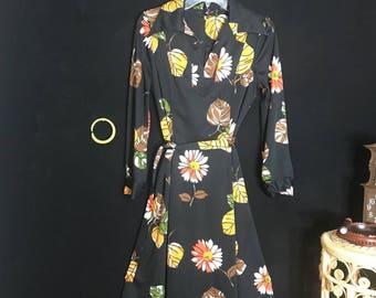 60's Dress. Flower Power Dress, Boho Dress, Peace, Love and Flowers Dress, Groovy Dress; Size Vintage L/ Modern M