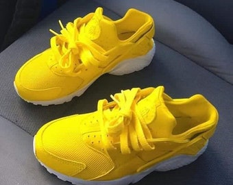 watch ec002 529da New Custom Nike Yellow  White Air Huaraches