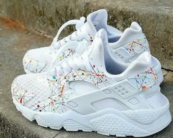 a7127b7a0d5 New Custom Nike Rainbow Splatter White Air Huaraches