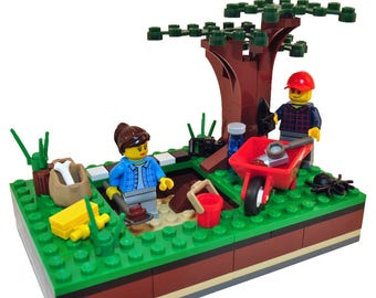 One-by-One-Fun! Custom archaeology-themed LEGO® creation (MOC)