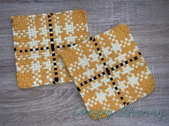 Loopy Sherry TRANQUILITY Handmade Woven Potholder