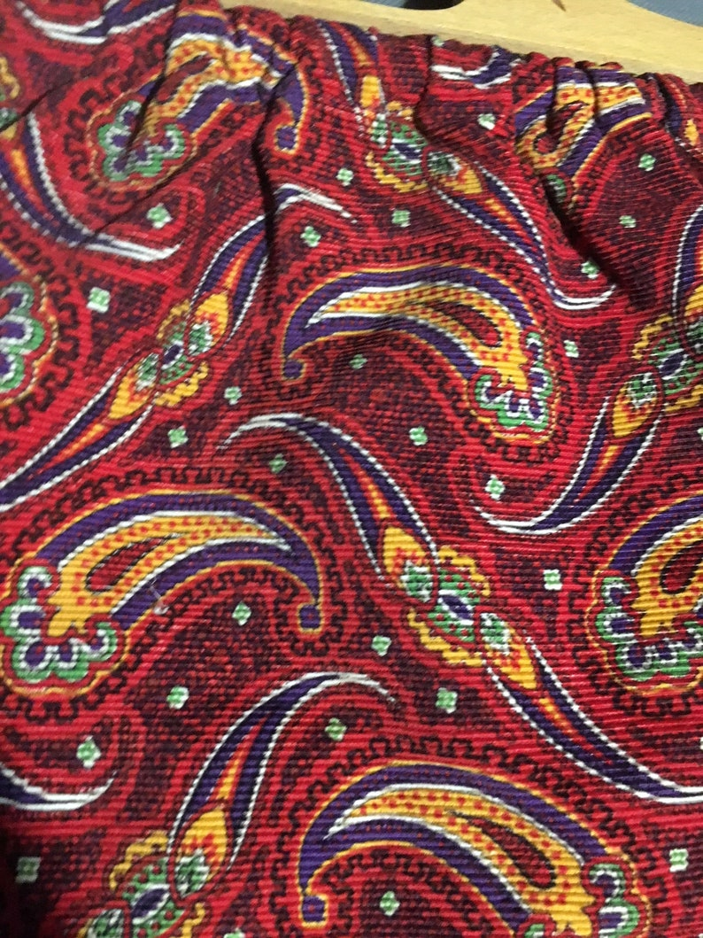 Vintage Hand Made Women/'s Red Paisley Design Purse Wooden Handle 16 12 x 11